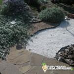 «Сухой ручей» - популярный элемент садового дизайна