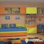В детской комнате есть место для замков и горок!