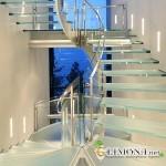 Стоит ли устанавливать лестницы из стекла