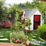 Как украсить садовый участок