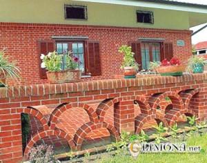 garden-fence-brick