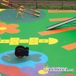 Бесшовное покрытие из резиновой крошки для детской спортивной площадки