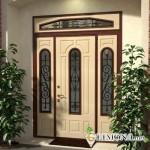 Уличные двери в дом