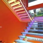 Светодиодное оформление лестниц